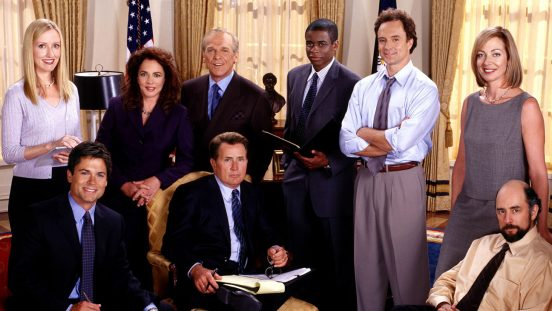 THE WEST WING, clockwise from top left: Janel Moloney, Stockard Channing, John Spencer, Dule Hill, Bradley Whitford, Allison Janney, Richard Schiff, Martin Sheen, Rob Lowe, 1999-,  © NBC / Courtesy: Everett Collection